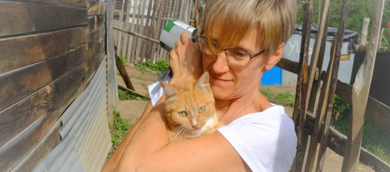 Coriza Vermeulen – The Cat Rescuer